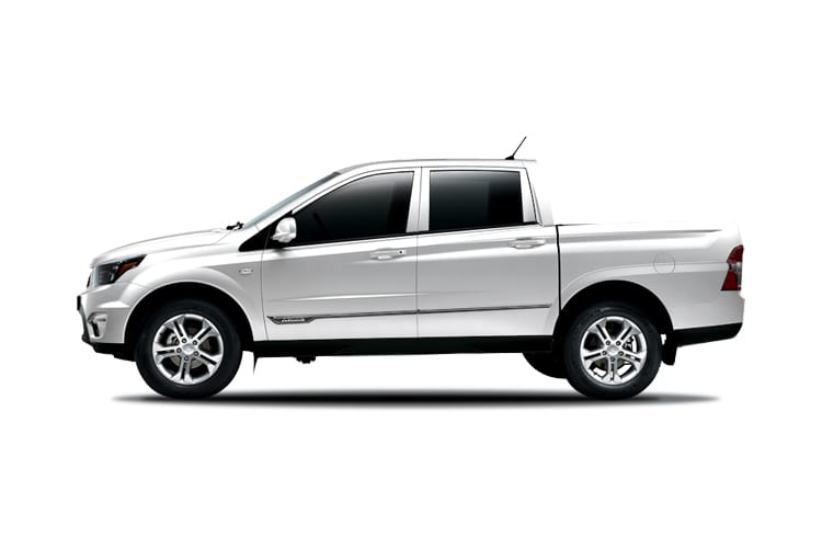 Ssangyong Musso Pick Up Double Cab 4WDS 2.2 d 4WS 181PS Saracen Pickup Double Cab Auto back view
