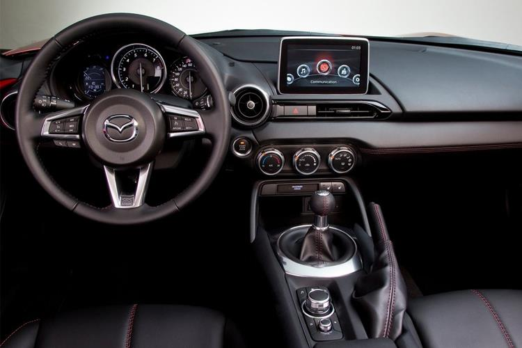 Mazda MX-5 Convertible 1.5 SKYACTIV-G 132PS SE-L 2Dr Manual [Start Stop] inside view