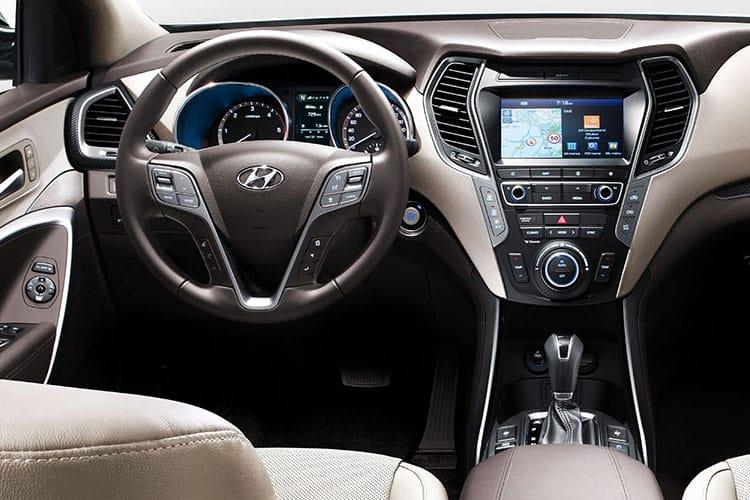 Hyundai Santa Fe SUV 2WD 1.6 h T-GDi 230PS Ultimate 5Dr Auto [Start Stop] [7 Seat] inside view